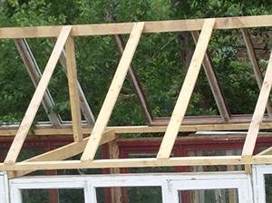 Сооружение крыши