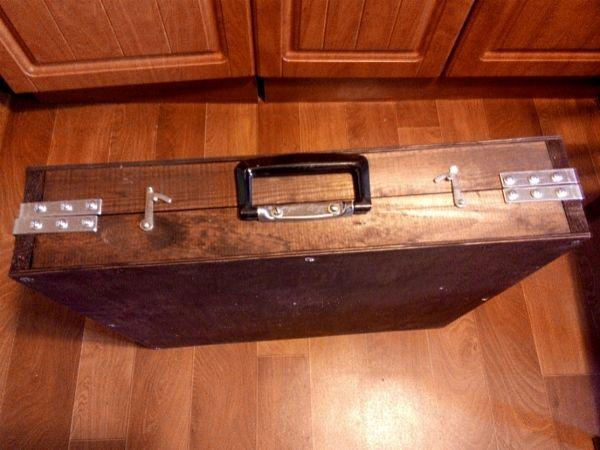 Стол-чемодан-2