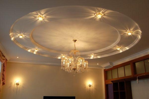 Многоуровневый подвесной потолок с полиуретановыми молдингами