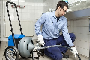 Чистка канализационной системы химическими средствами