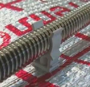 Во время укладки гофрированных труб вам не понадобятся фитинги или смесительные узлы