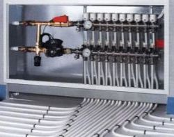 Система клапанного контроля воды. Здесь вместо одной трубы применяется ветка труб. Это даст гарантию отопления, в случае если какая-либо часть ветви выйдет из строя