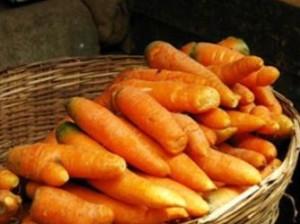 Нужно собрать морковь до морозов, иначе она будет храниться хуже