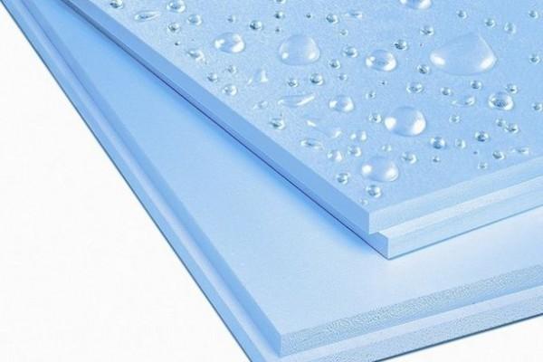 Пеноплекс имеет водоотталкивающие свойства