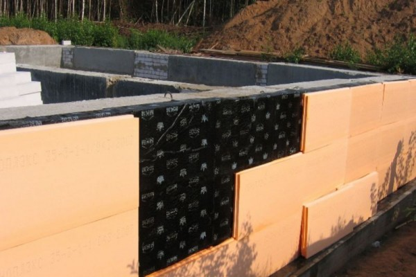 Пеноплекс обеспечивает долговечную теплоизоляцию фундамента