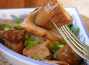 По своей пищевой ценности грибы маслята не уступают белым грибам