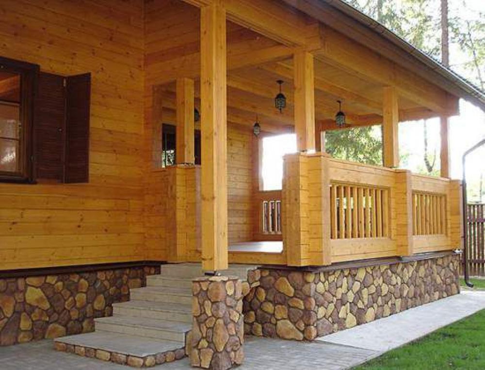 Крыльцо частного дома фото из дерева своими