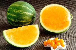 """Оранжевый арбуз сорта """"Медок"""""""