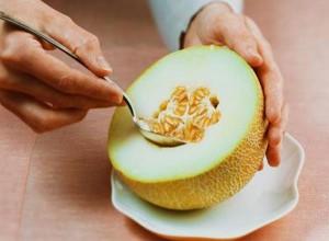 Этот вкусный плод ещё и очень полезен для организма человека