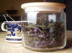 Иван чай полезен всем людям - с помощью него можно излечить множество заболеваний