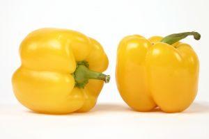 1-Yellow-Paprikas-1-1111170648