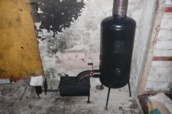 Популярный аппарат, сделанный своими руками – это капельная печка из газового баллона