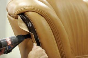 Инструменты лоя обшивки дивана