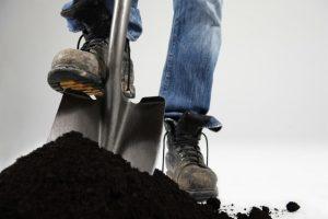Сколько стоит копать траншею