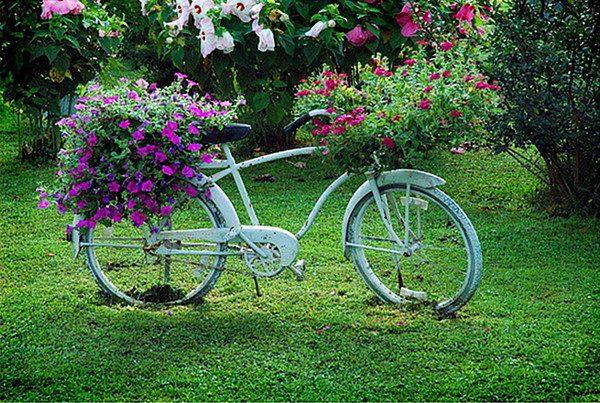 Клумба-велосипед