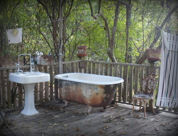 старая ванна на дачном участке идеи