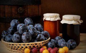 Что можно сделать из сливы на зиму: 5 рецептов
