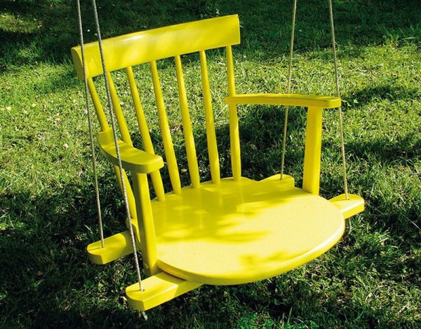 Качели из стульчика