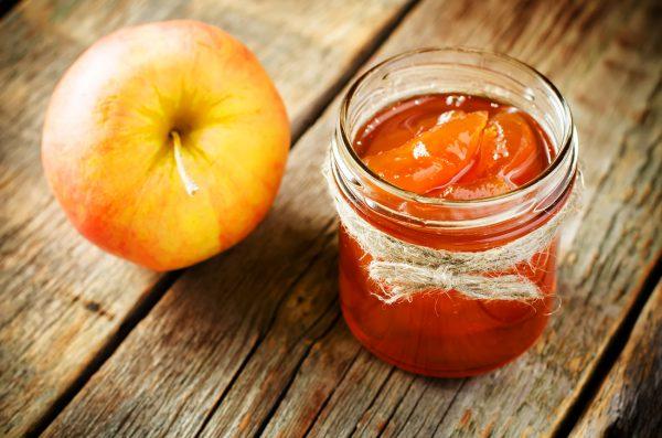 Можно сделать на зиму яблочное повидло