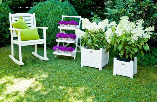 Мебель как элемент декора дачи
