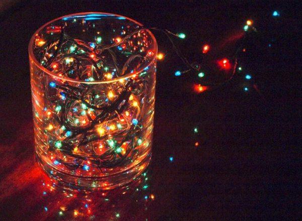 Гирлянда в стакане