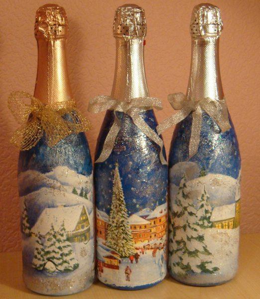 Бутылки с новогодним рисунком
