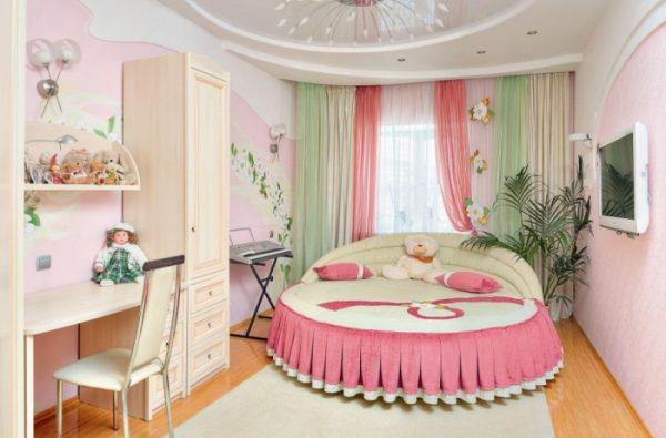 Шикарная спальня для девочки