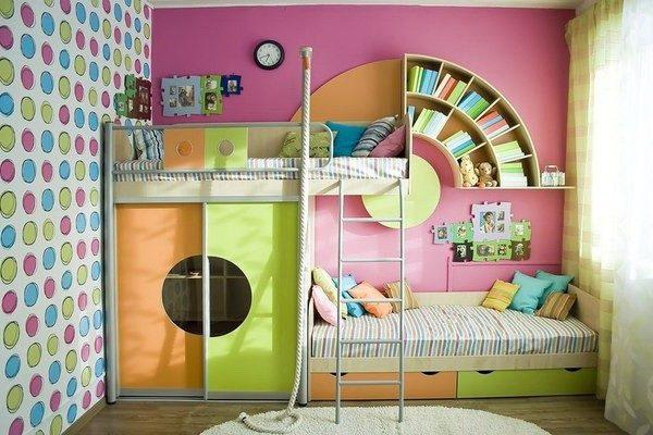 Интересный спальный комплекс