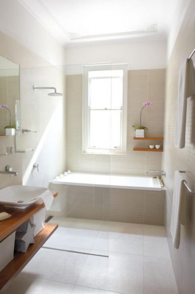 Ванна и душевая зона