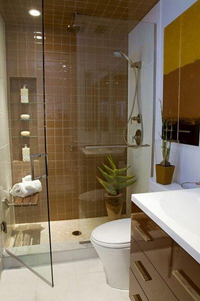 Ванная комната в коричневой цветовой гамме