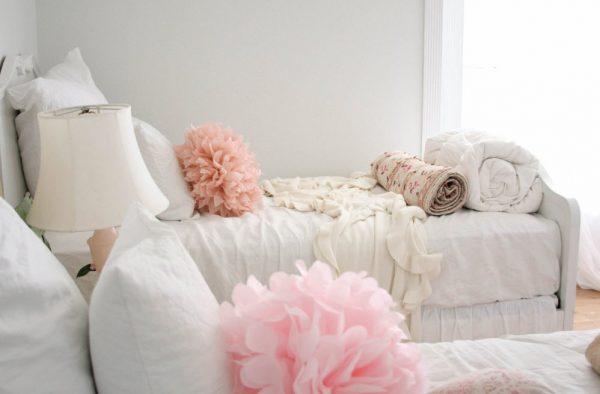 Подушки-цветы