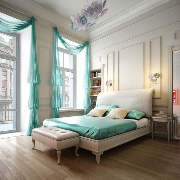 Тюль и подушки одной расцветки