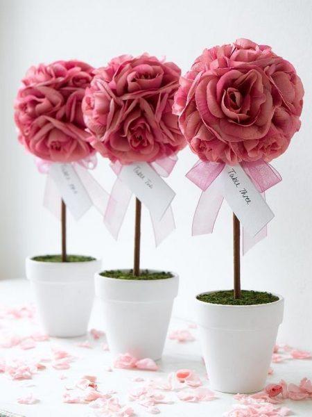Топиарий из крупных роз