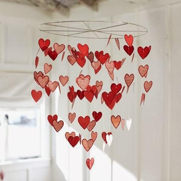 Висячая композиция из сердечек