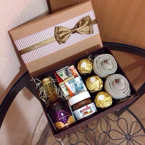 Подарок в коробке к 23 февраля