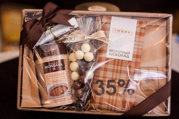 Подарочная упаковка с кофе
