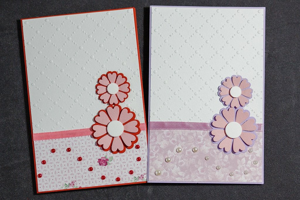 Подруги, красиво украсить открытку своими руками