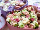цветочные букеты с пирожными