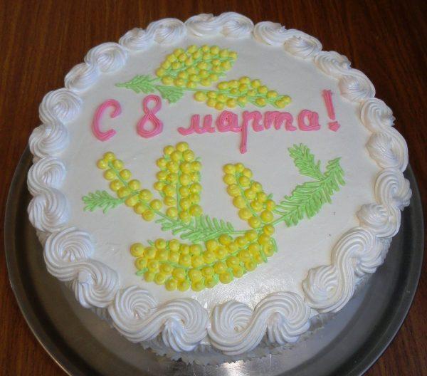 Ландыши на торте