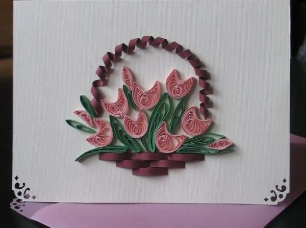 Корзина с тюльпанами на открытке