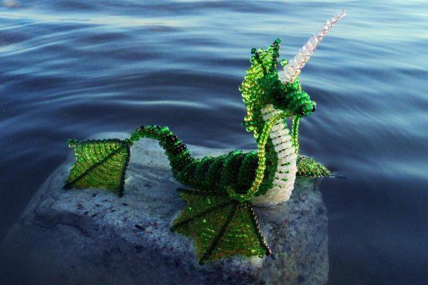 Водяной дракон из бисера