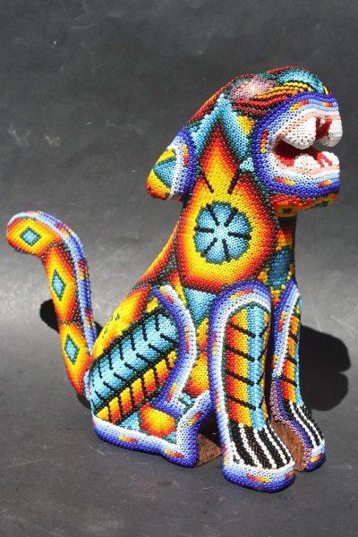 Ягуар из бисера