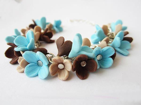 Сине-коричневые цветочки из полимерной глины