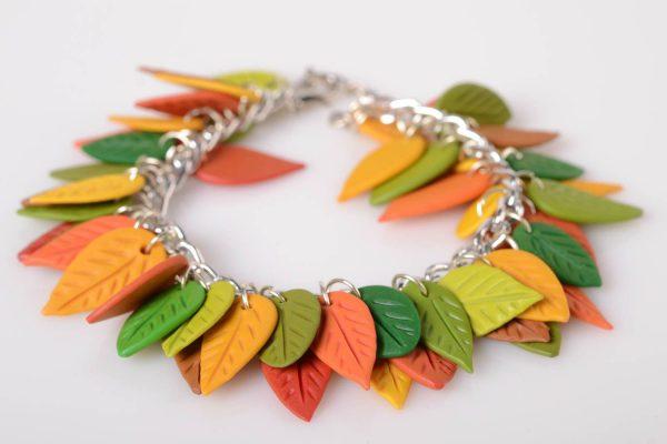 Браслет из осенних листьев из полимерной глины