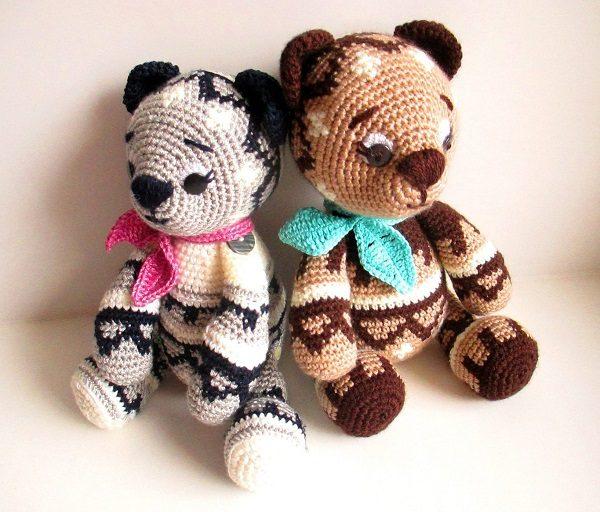 Медведи в узорах