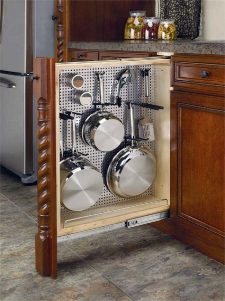 Полка для хранения кухонной утвари