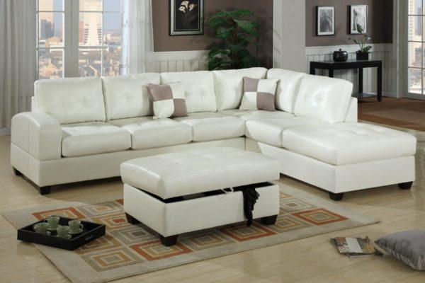 Белый диван из кожи