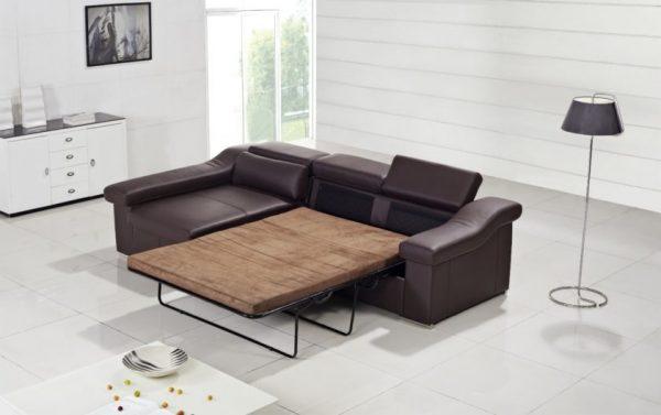 Раскладной диван из кожи