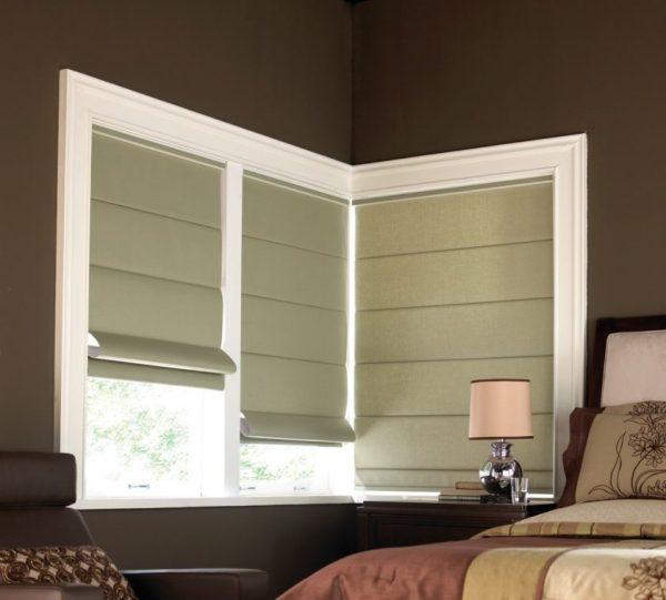 Греческие шторы в спальне