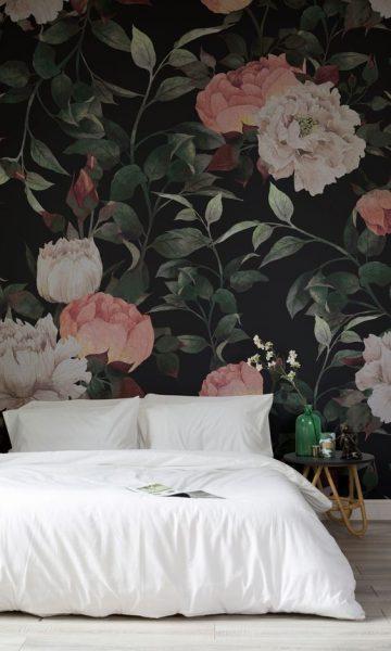 Изображение цветов на тёмном фоне